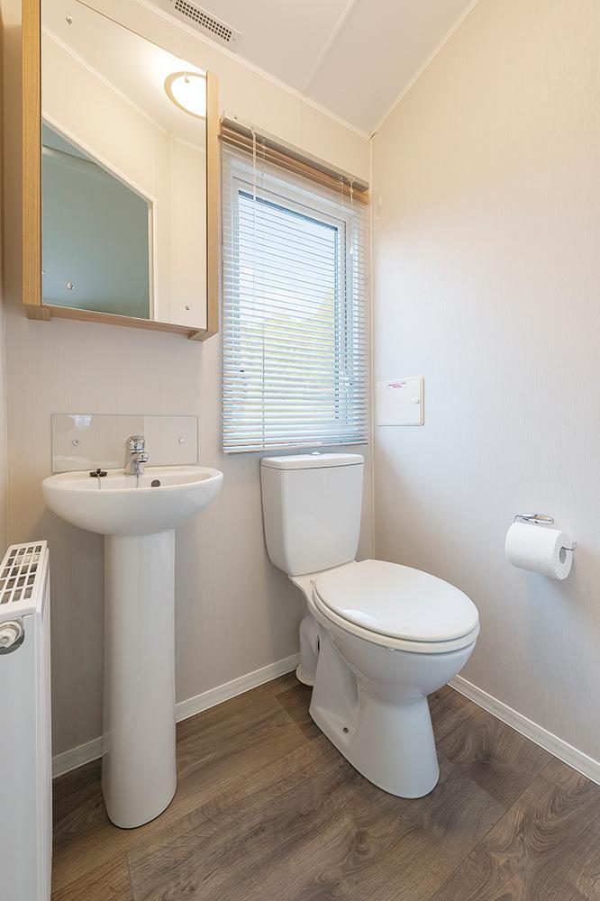 Willerby granada mobile home 2016smyth leisure mobile homes - Mobile toilette ...