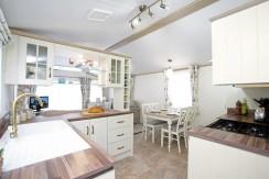 2016-Atlas-Debonair-kitchen
