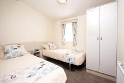 2016-Atlas-Moonstone-twin-bedroom