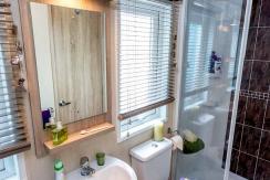 pemberton-abingdon-shower2