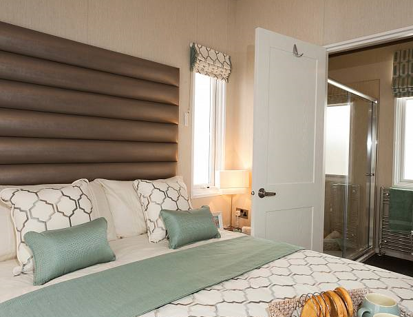 pemberton-arrondale-master-bedroom