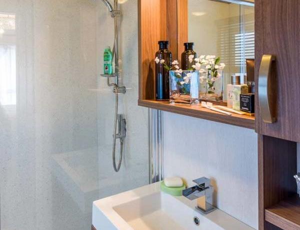 pemberton-glendale-bathroom