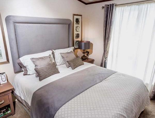 pemberton-glendale-master-bedroom2