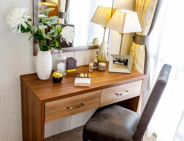 pemberton-rivendale-master-bedroom-dressing-table