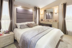 willerby-aspen-master-bedroom