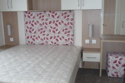 willerby-brockenhurst-main-bedroom
