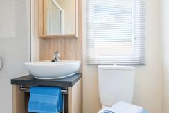willerby-caprice-bathroom