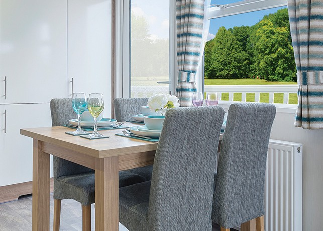 willerby-granada-mobile-home-dining