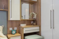 willerby-granada-mobile-home-master-bedroom-vanity