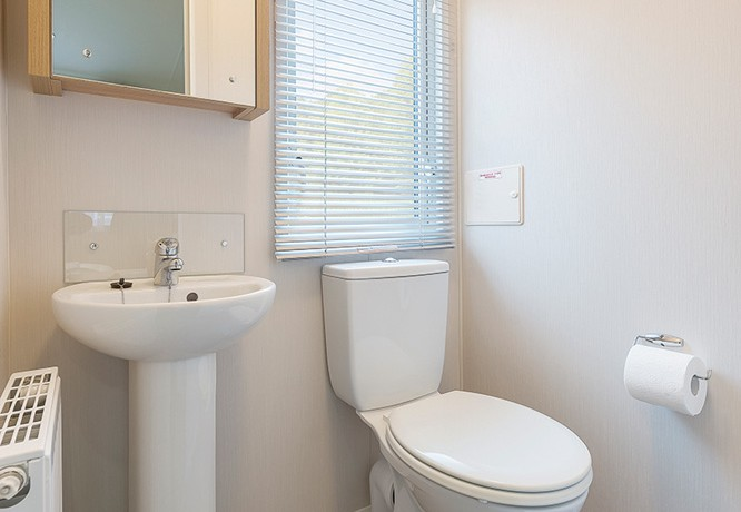 willerby-granada-mobile-home-toilet