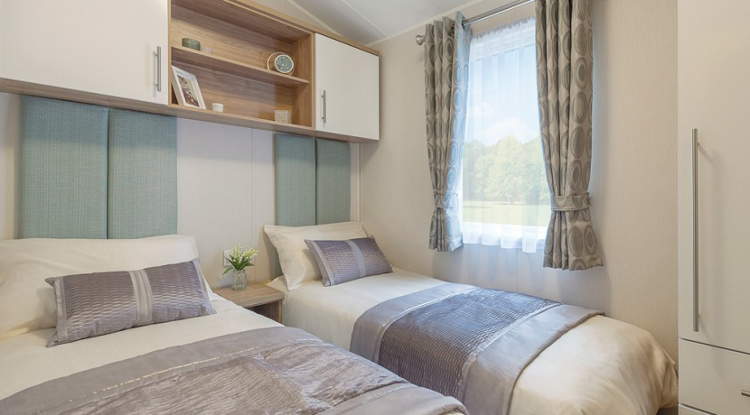 willerby-granada-mobile-home-twin-bedroom