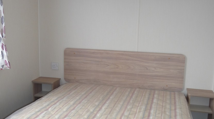 willerby-mistral-master-bedroom
