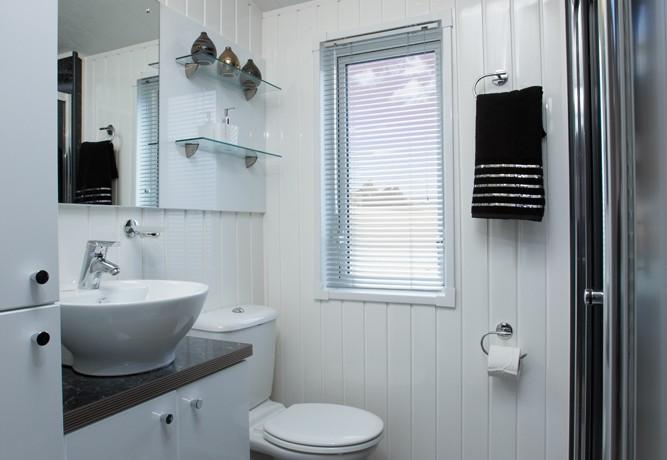 willerby-ridgewood-lodge-bathroom