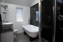willerby-ridgewood-lodge-bathroom1