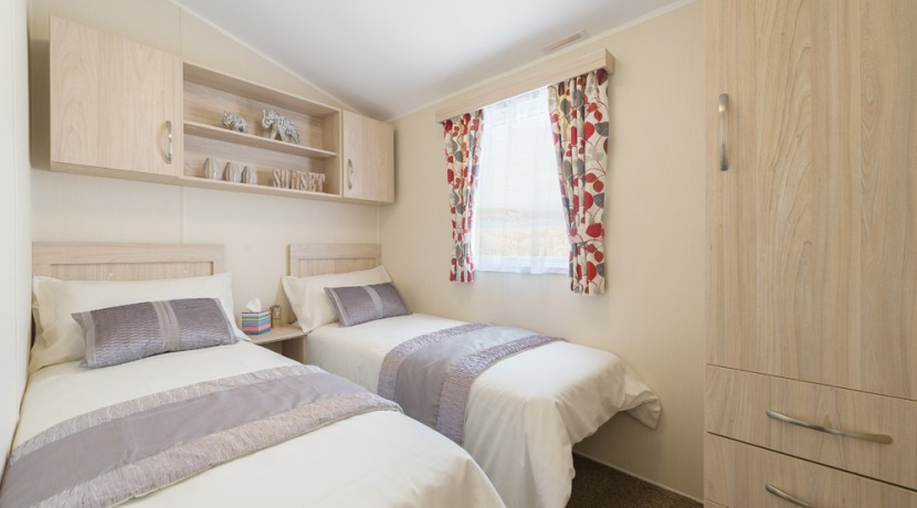 willerby-rio-gold-twin-bedroom