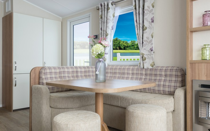 willerby-rio-premier-dining-area