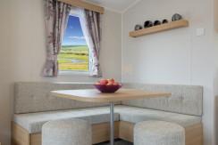 willerby-vacation-dining-area