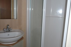 willerby-westmoreland-shower