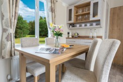 willerby-winchester-dining