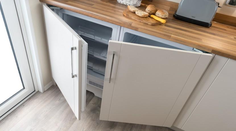 willerby-winchester-fridge-freezer