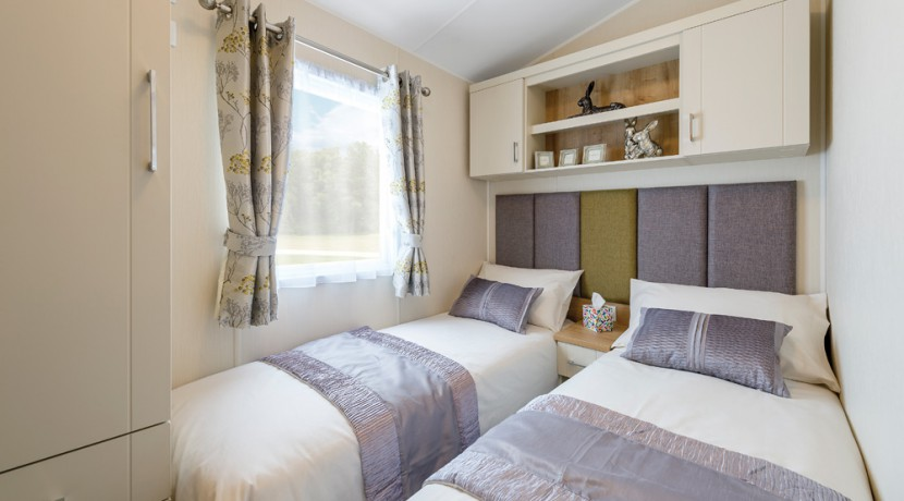 willerby-winchester-twin-bedroom
